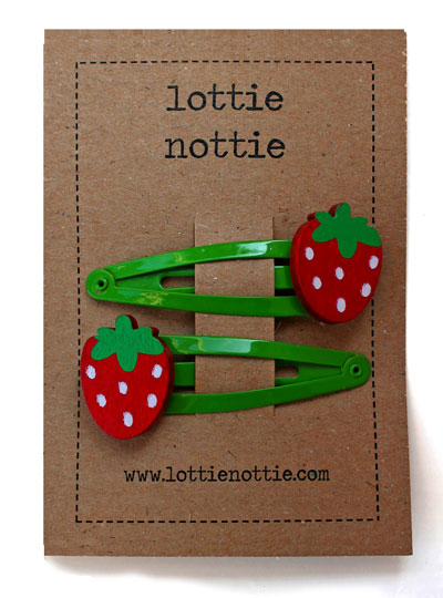 Strawberry on Green Snap Hair Clips