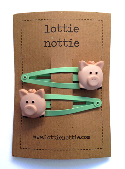 Pigs on Green Hair Clips